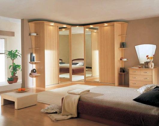 Шкаф платяной угловой в спальню