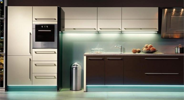 Навесные шкафы в кухню