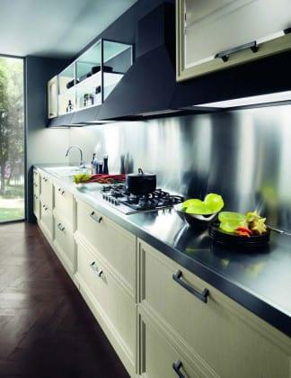 Навесные шкафы в кухню современные