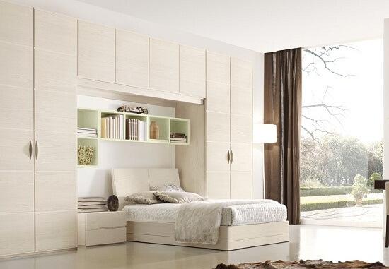 Шкафы навесные для спальни