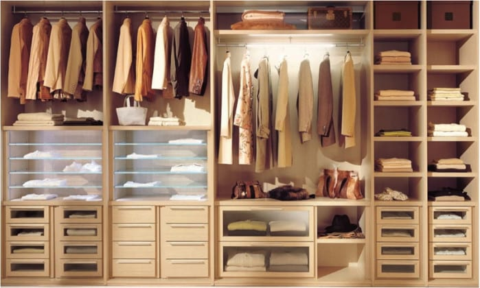 Варианты наполнения шкафов-купе для прихожей