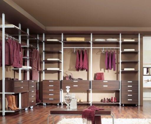 Полки для гардеробной комнаты