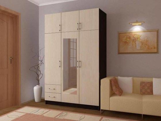 Шкаф 3-х створчатый распашной
