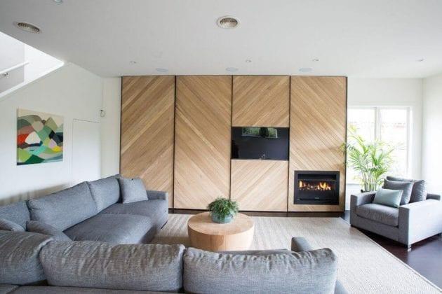 Шкаф для гостиной в современном стиле