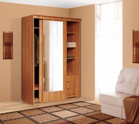 Шкаф двухстворчатый для одежды с полками