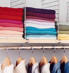 Порядок в шкафу с одеждой